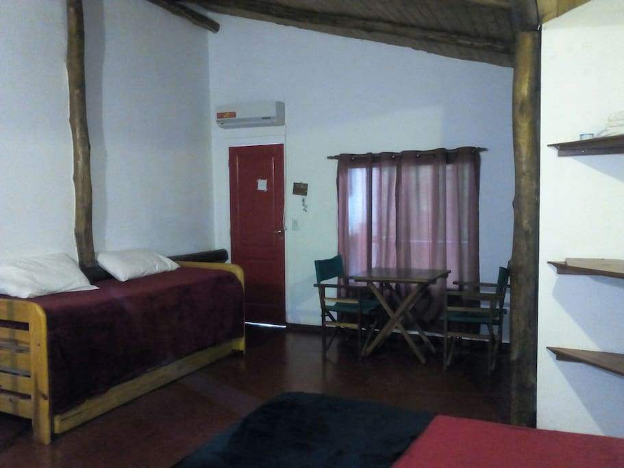 Air-conditioned and spacious double room with wifi