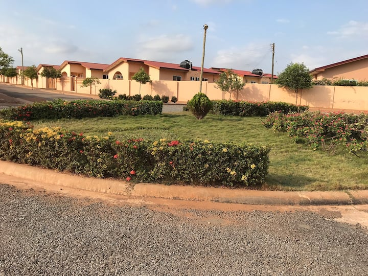 Beautiful Lovely  House Gated With 24Hr Security