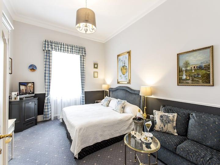 """Hotel """"Der Kleine Prinz"""", (Baden-Baden), Doppelzimmer Comfort"""