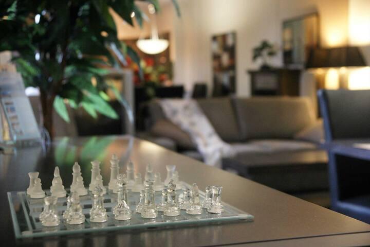 Quiet & Gorgeously Spacious 1BR+Den #Resort Living