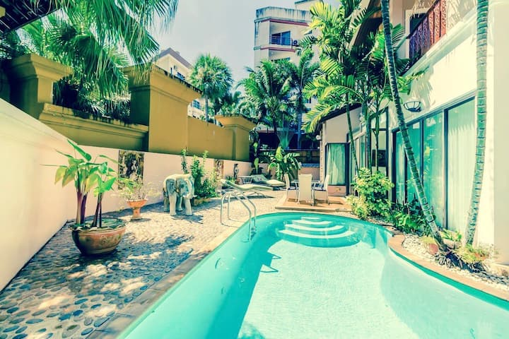 Private Pool Villa Patong 3 Bedrooms Beach 2 Km Villas For Rent In Tambon Patong Chang Wat Phuket Thailand