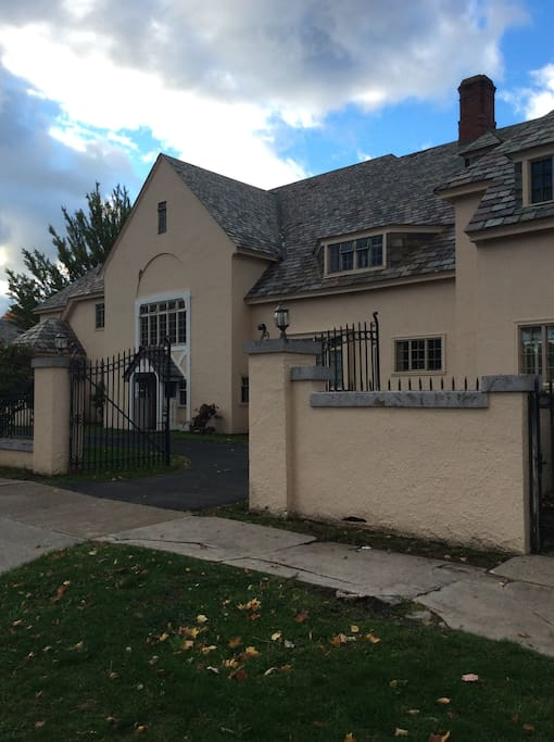 Hamilton Mansion Rm 1 6 On The Wine Trail Houses For