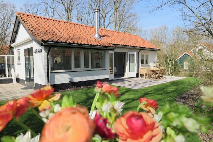 Maison de vacances confortable avec jardin à Koudekerke