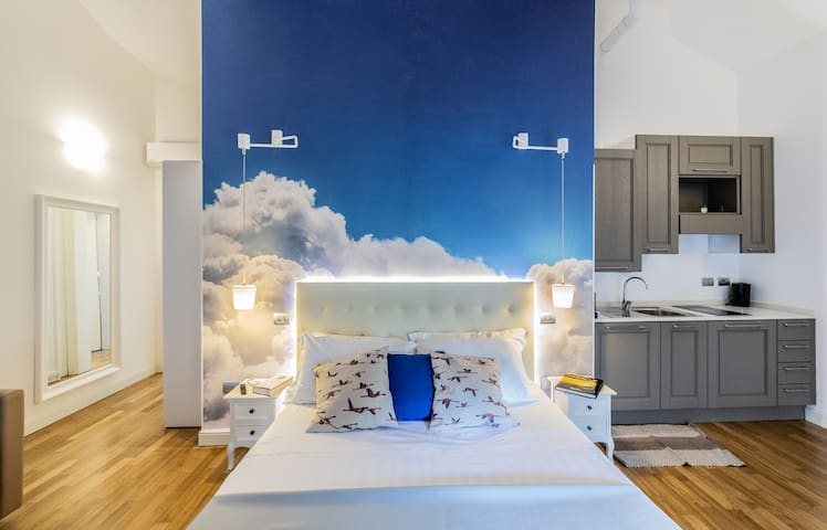 """Marina Centro Suite - Monolocale """"Nuvole Bianche"""""""