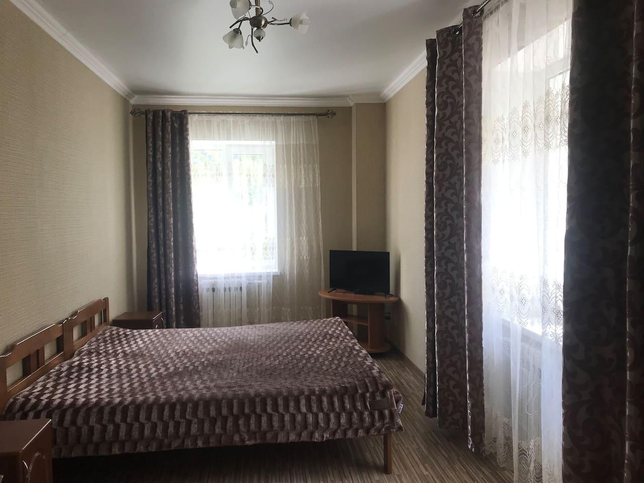 Фото спальни с новым TV