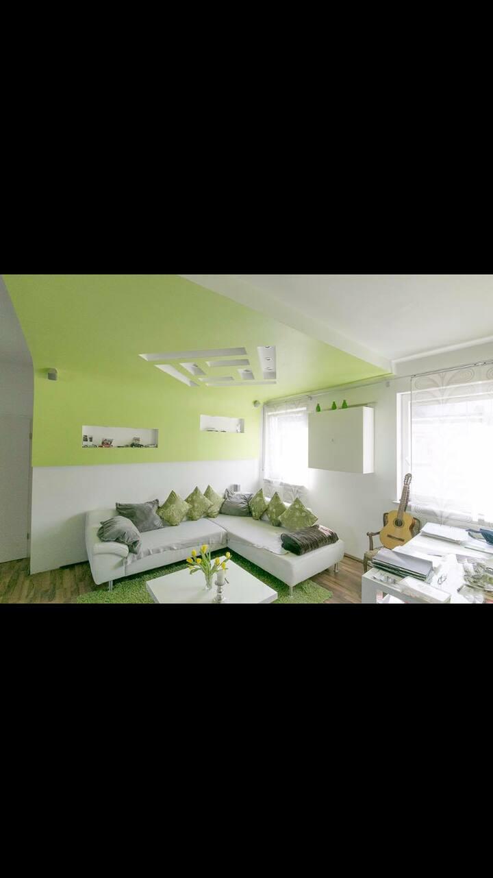 Wunderschöne Designer Wohnung in beliebter Lage