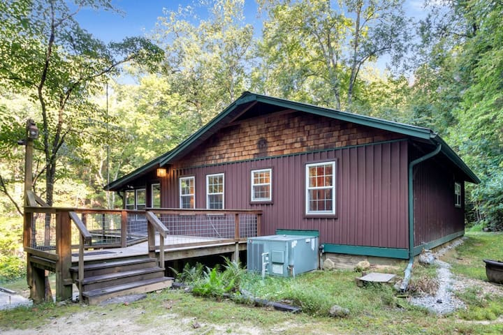 Bear Creek Cabin near Clemson, Brevard, Cashiers