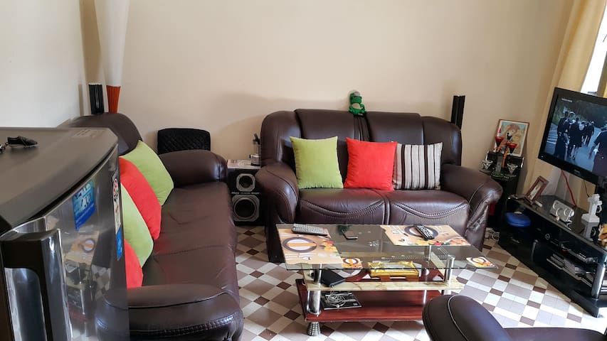 Spacious room in the centre of Bole - Addis Ababa - Casa