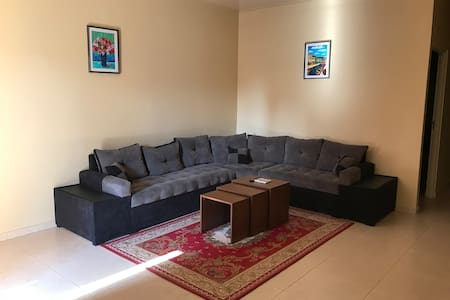 Rodepalm Apartments provides comfort for less (Y)