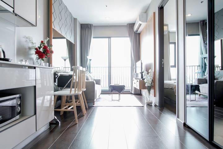 【中长租优惠中】素坤逸大道高级一居室 网红公寓 super