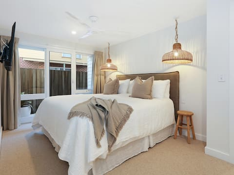 Little Angourie - NEW Luxury Holiday Abode