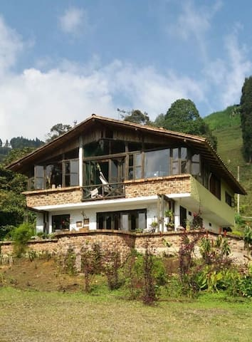 "Medellin countryhouse-""Little piece of heaven"""