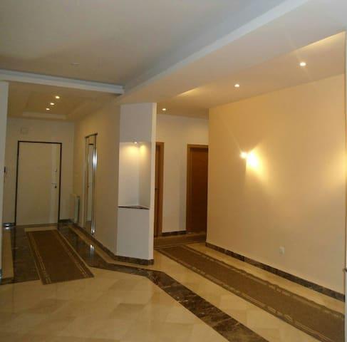 Appart haut standing au coeur dune résidence privé - Algiers - Apartamento