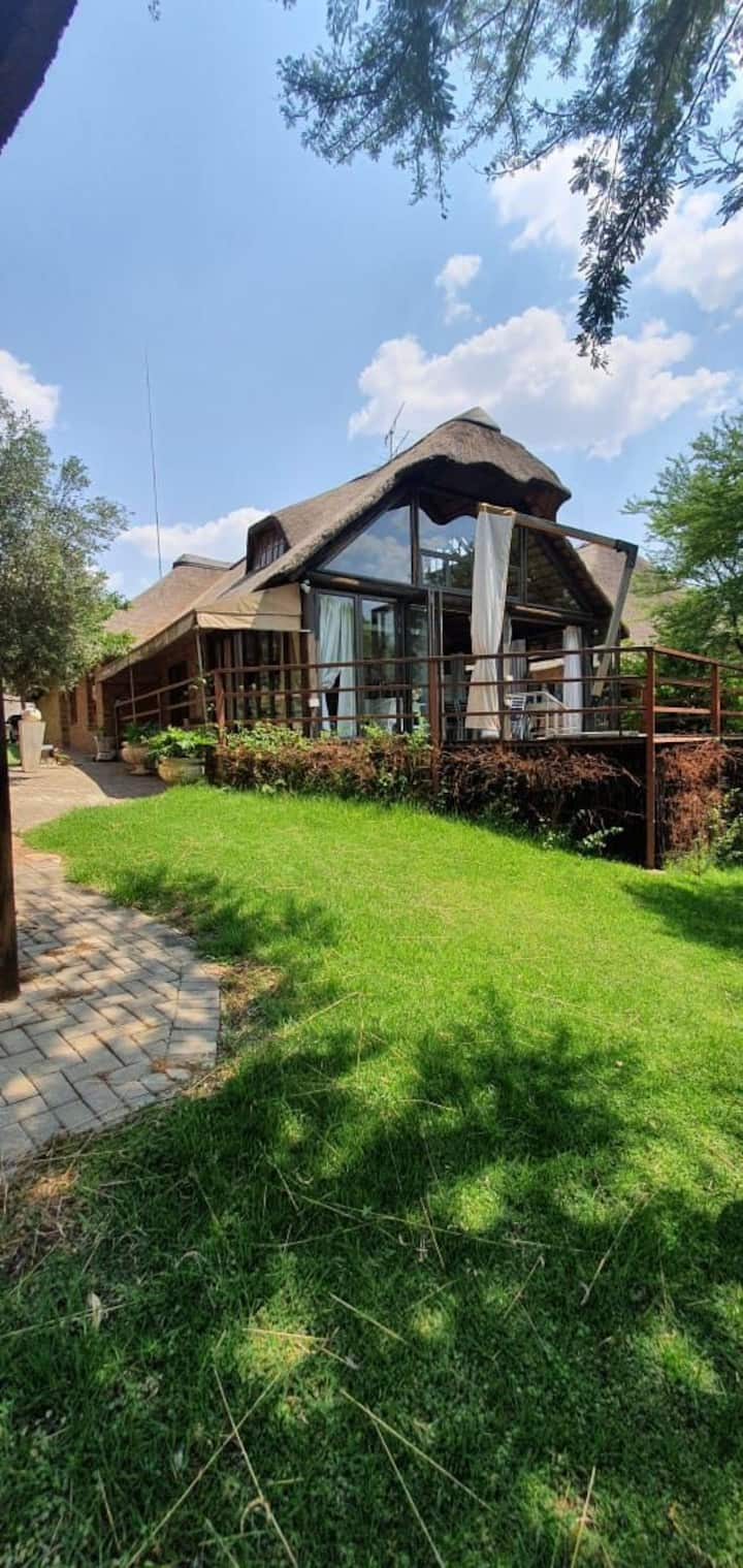 Luxurious Vaal River Home with Mesmerizing Views