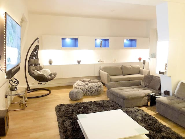 CENTRAL 1 Bed Apartment in Mayfair London.