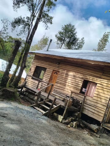 Habitación triple/matrimonial - Cabaña Jasmine