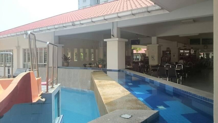 Cosy Clean Safe Quiet Shared Room - Kuala Lumpur - Apartamento