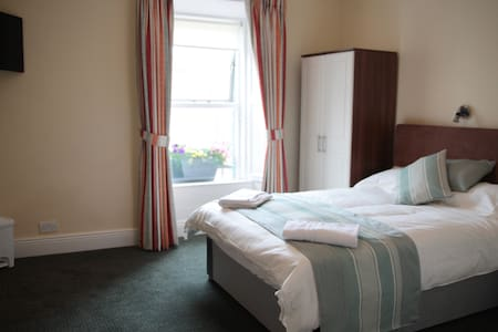 EnSuite Double Room 2 in Picturesque Howth - Howth