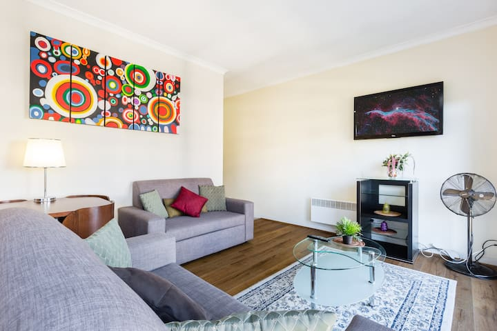CBD Apartment Close to Casino + Exhibition Centre