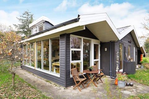 8 Personen Ferienhaus in Thyholm
