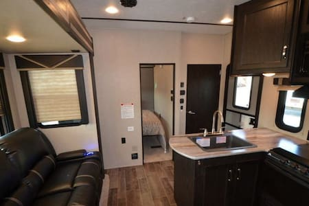 Private Ranch RV/Retreat - Deming