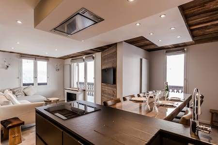Wonderful apartment right beside the slopes