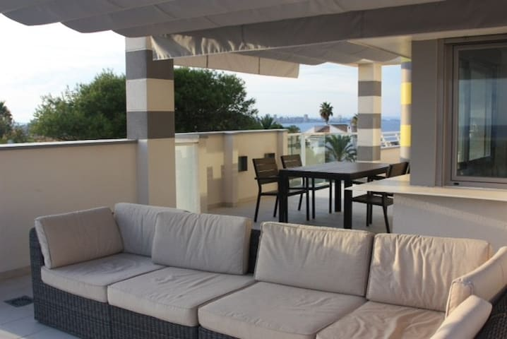 Cabo D Palos, Room in flat with lovely sea views