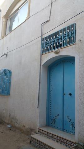 Maison au cœur de la Medina - Monastir - Hus