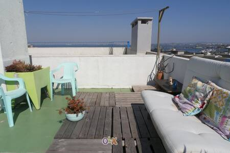 Penthouse near Lisbon and Caparica Beaches - อัลมาดา