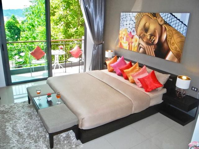 Emerald: Apartment in Patong