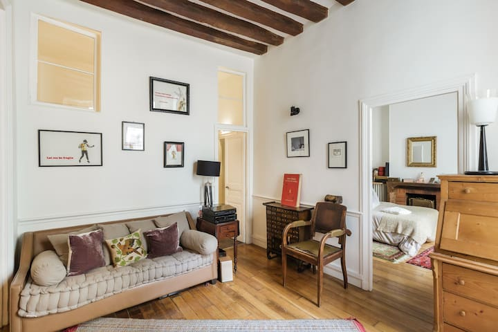 Charming 2BR on Ile St Louis in the heart of Paris - Parijs - Appartement