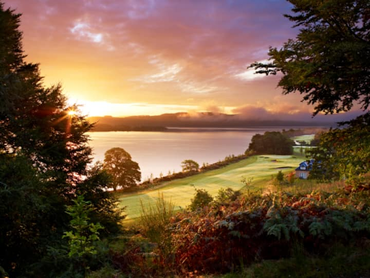 Luxury apartment at 5* Spa views over Loch Lomond