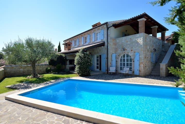Villa Maslinova Grana-Pool (6-7) - Vabriga - Huis