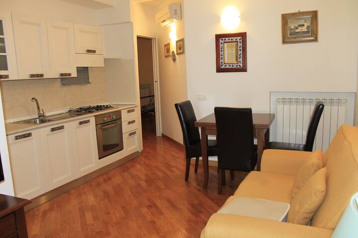 Bilocale indipendente per 3 persone - Numana - Apartment