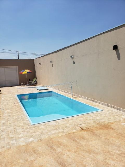 Casa agradável com piscina