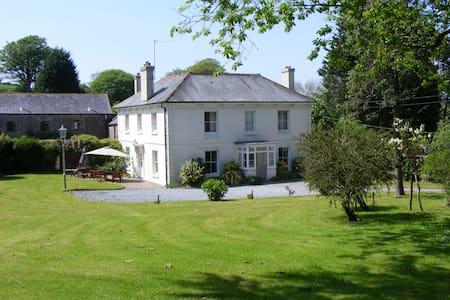 Buckland House - Slapton