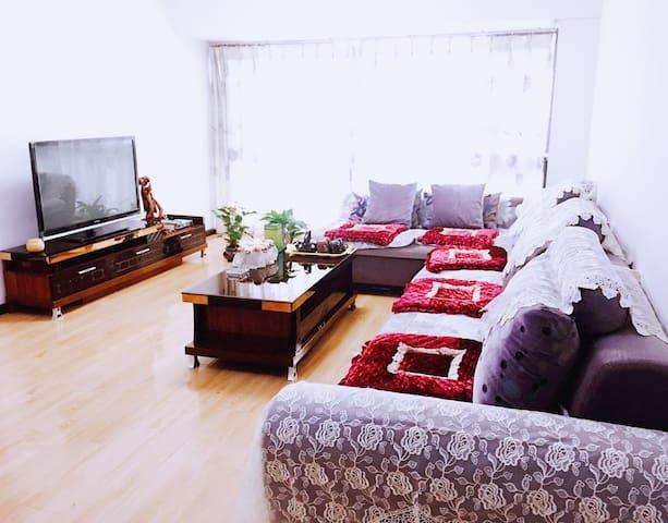 版筑翠园3居室豪华套房享受老昆明慵懒时光 - Kunming - Pis