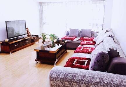 版筑翠园3居室豪华套房享受老昆明慵懒时光 - Kunming - Apartmen