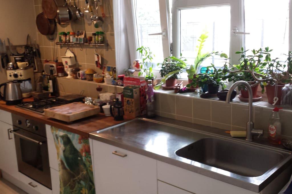Kitchen, dishwasher, washer / drier etc