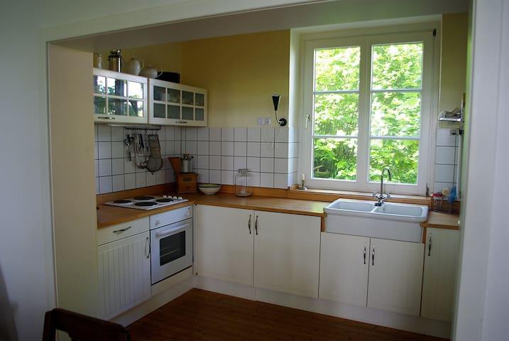 Küche mit voller Ausstattung