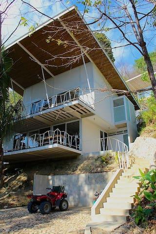 Modern Home steps to Best Surfing - Playa Santa Teresa - House