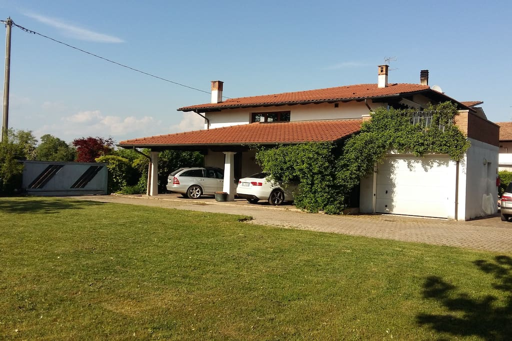Cottage campagnolo case in affitto a trevignano veneto for Piani casa cottage shotgun