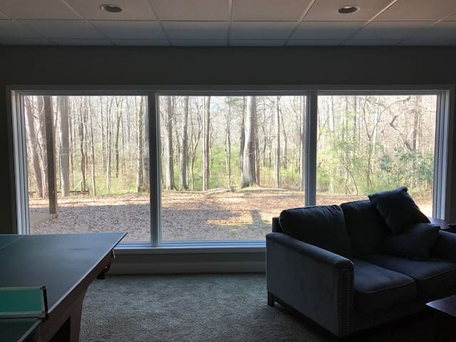 Gorgeous views to the wooded, private backyard. There are no visible neighbors so you have total privacy.