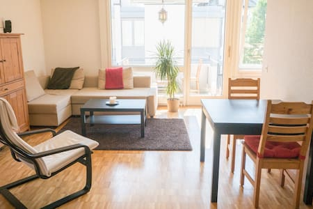 Sunny central 1-bedroom w/ balcony