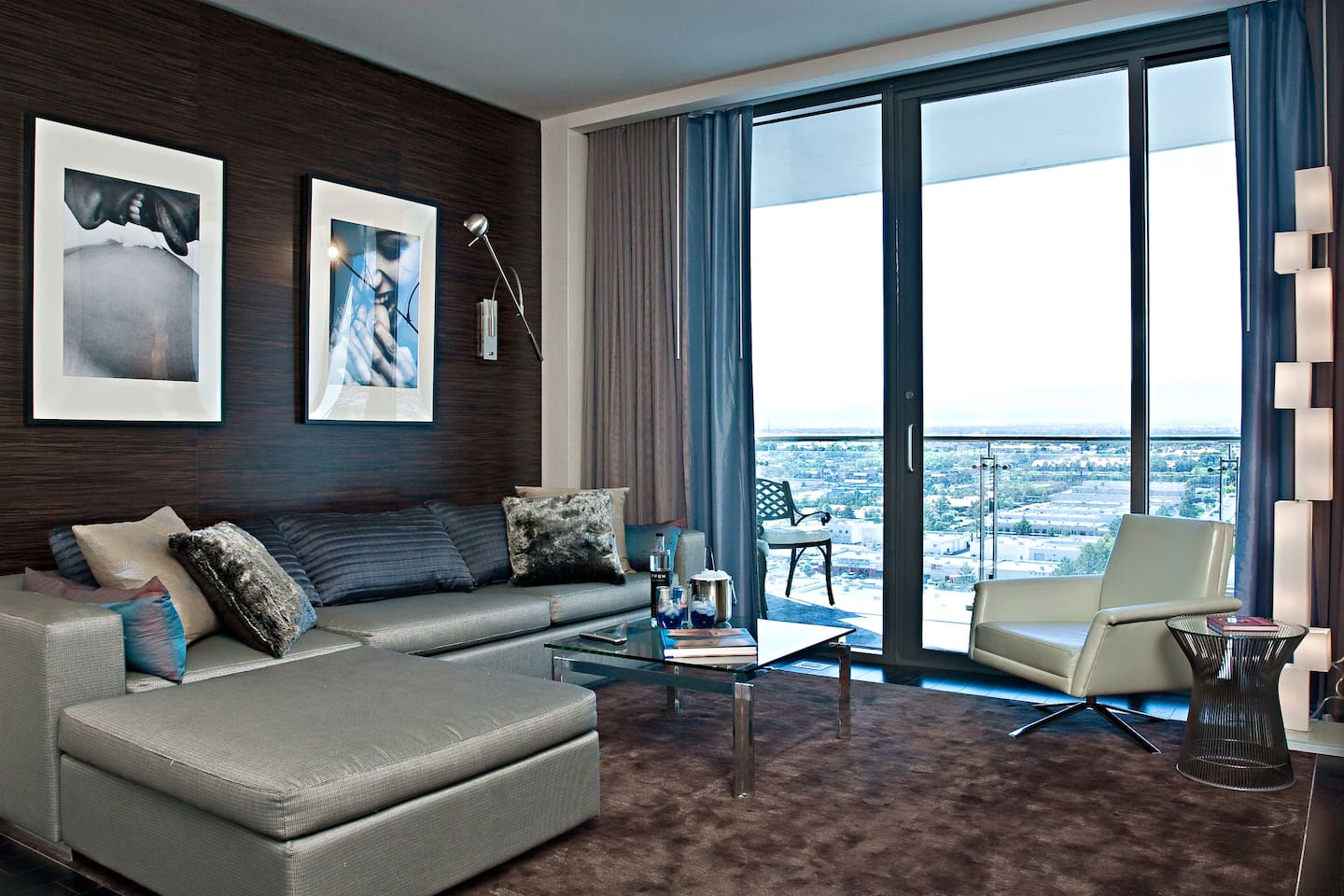 One Bedroom Suite At Palms Place Palms Place Rated R Luxury Suite Condominiums For Rent In Las
