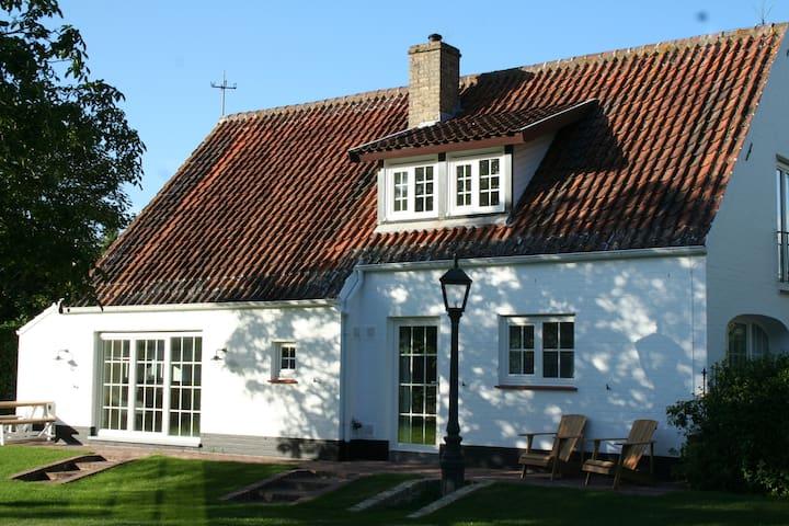 """""""Het Kapoentje"""" - Nieuwpoort - Villa"""