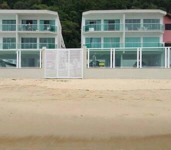 Praia Grande - Angra dos Reis