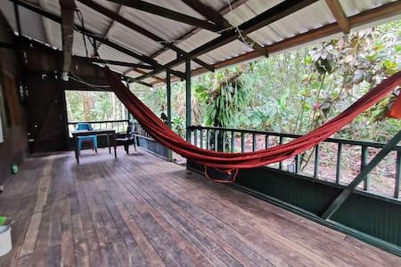 Eco cabaña en acantilados, PNN Uramba
