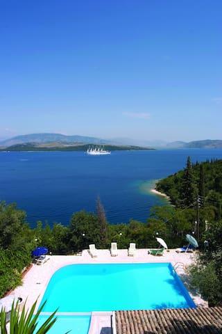 One bedroom,pool,beach & sea views - Agios Stefanos - Wohnung