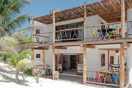 Ocean view lower floor - Playa del Carmen